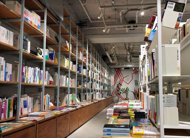 BOOK LAB TOKYO  渋谷の大きい本屋 店内
